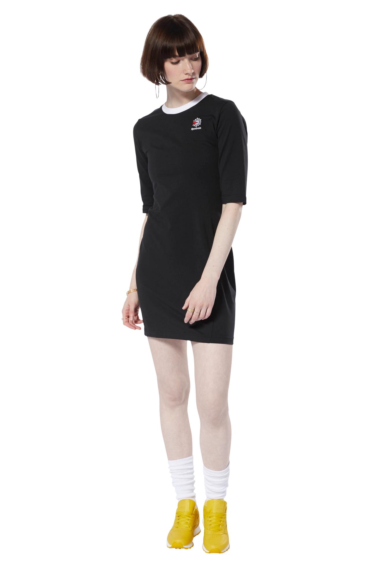 722526199 ... Damskie · Odzież · Sukienki; Sukienka Reebok Classics - DT7250. Sukienka  Reebok Classics - DT7250 ...
